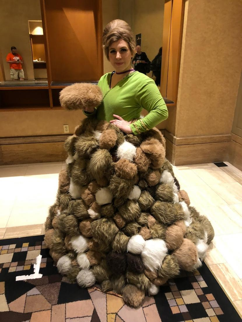 One cosplayer's tribble-tastic interpretation of the TOS uniform